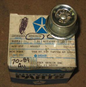 NOS Dodge D-100 Truck Oil Fill Cap 70 71 72 73 74