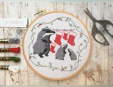 Noël blaireaux Cross Stitch Kit, Stocking, Noël cadeaux, Moderne Animal Design