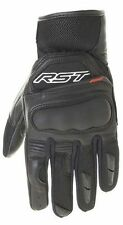 RST Motorcycle Gloves with Features Pre-Curved Fingers