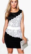 Women's Boohoo Lace Dresses
