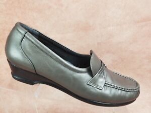 SAS Womens Comfort Loafer Size 9.5 Gray Moc Toe Horse Bit Slip On Shoe