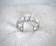Anello Trilogy Con Diamanti 0,45 Ct in Oro Bianco 18kt 750 - Misura 8