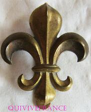 dIN062 - WWII British Army  Manchester Regiment Cap Badge