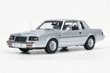 1:43 Autoworld AWR 1138 1986 Buick Regal T Type silver SALE!! Neu & OVP