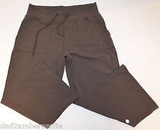 LULULEMON Women's Yoga,Gym, To-and-From Cropped Pants with drawstring (Brown)