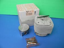 STIHL CHAINSAW 090 PISTON AND CYLINDER NEW  OEM STIHL 66MM  # 1106 020 1211
