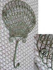 CROCHET très original en fer travaillé motif COQUILLE couleur vieux bronze