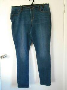 OLD Navy Dark Denim Curvy/Profile Ladies Jeans 16
