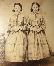 ANTIQUE CDV CREEPY TWIN GIRLS CIVIL WAR ERA DRESSES YOUNG SISTERS REVENUE STAMP