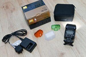 Nikon Speedlight SB-700 Shoe Mount Flash (FSA03901) used only to check it works