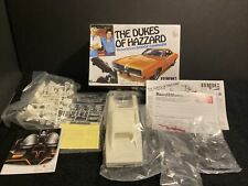 The Dukes of Hazzard 1/25 Scale Plastic Model Kit Open Box Complete General Lee