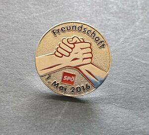 1.Mai-Abzeichen SPÖ - 2016, Freundschaft