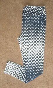 LuLaRoe TC ~ Navy Blue & White Mermaid Tail Fin ~ RARE ~ Ombre Leggings