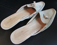 Tommy Bahama Women's Shoes Mules Italy Great Catch Suede Size 8 Slides Heels