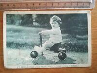 CPA ANCIENNE - Fantaisie - photo petite fille au tricycle années 30