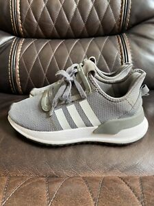 adidas U Path Run   - youth Sneakers Shoes Grey - Size 4