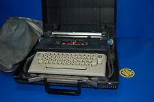 Maquina de escribir electrica vintaje Olivetti-lettera 36-con funda