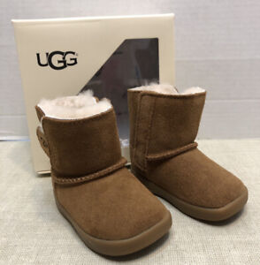 """Baby UGG """"Keelan"""" Chestnut Brown Suede Boots - Size Small 2/3 -Wool Lining"""