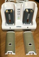 Nyko 87090-A50-Wii Remote Charging Station w/batteries DOCKING STATION Free Ship