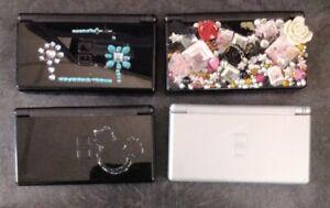 Lot of 4 Nintendo DS Lite Handheld Console systems (READ DESCRIPTION)
