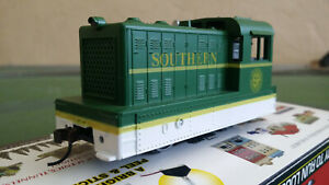 Model Power HO gauge 96707 0-4-0 Porter Hustler locomotive - Southern Railroad