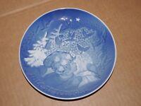 Bing and Grondahl B & G 1981 Christmas Plate Denmark Copenhagen