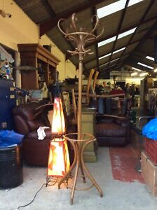 Thonet Antique Bentwood Hat Stand - Great Condition. Traditional Coat Stand. V32