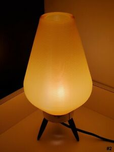 Vintage Mid-Century Modern (Beehive) Tripod Table Lamp 1960s - #2