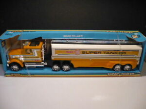 NYLINT SUPER TANKER TRACTOR TRAILER TRUCK #9031 BRAND NEW ! MADE IN USA