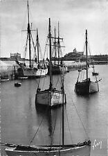 BR48908 Roscoff la chapelle ste barbe vue duport ship bateaux       France