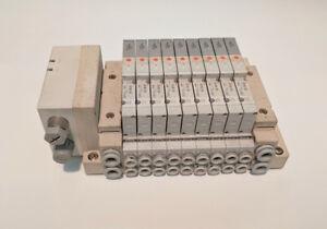 SMC PNEUMATIC EX500S001, SSV5V1-W16SA2WD-9B-C4D MANIFOLD, 9x SV1100-5FU 5/2 SOL,