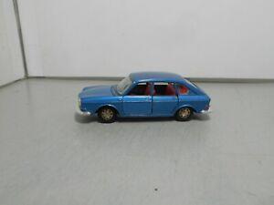 MARKLIN made in GERMANY VOLKSWAGEN 411 VW blue metallic vintage classic car 143