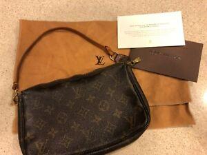 Louis Vuitton Pochette Accessoires Monogram Hand Bag - Brown - Used & Wear Tear