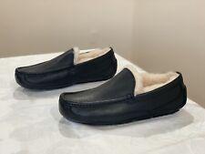 UGG Ascot Black Leather Slipper, Size 7 NWOB $120