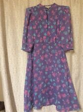 CHARLEE ALLISON (vintage) beautiful purple dress with blue and pink flowers