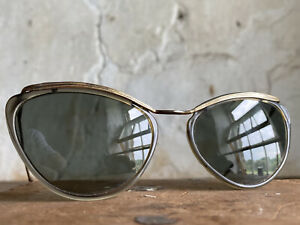 Vintage French Sunglasses. Sol Amor Cat Eye Style. Gold Plated. 1950s. Glass.