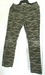 Girls 16 Regular Arizona Jeans Co camo pants