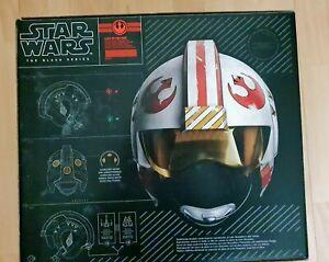 Star Wars Black Series. Luke Skywalker Premium Electronic Pilot Battle Helmet.
