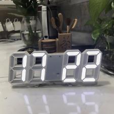 Moderne Digital 3D LED Alarmuhr Wanduhr 24/12Hr Tischuhr Wecker mit Snooze Timer