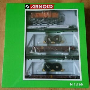 Hornby Arnold N Gauge HN2300 3 piece Train Set Diesel Shunter & 2 Flat Wagons