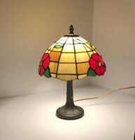 """Vintage Tiffany Style Stained Glass Table Lamp by Underwriters Laboratories 15"""""""