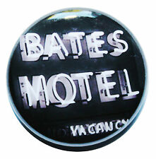 """1"""" (25mm) Bates Motel - Psycho Horror Movie Button Badge Pin - High Quality"""