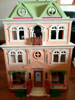 Lot of Fisher-Price 2008 Loving Family Grand Mansion Dollhouse Furniture Twins