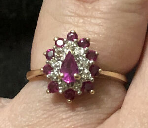 Beautiful Pear Shaped Ruby and Diamond Cluster Ring 10k gold Size 8