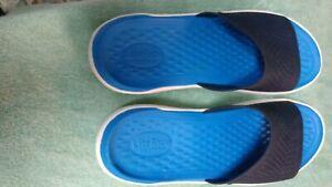Crocs LiteRide Slide Sandals Mens Size 13 Gray Neon Yellow Shower Comfort Shoes