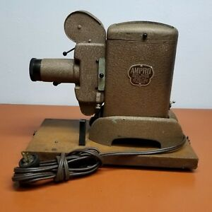 AMPRO DUAL SLIDE PROJECTOR MODEL 30 D WITH CARRYING CASE VINTAGE