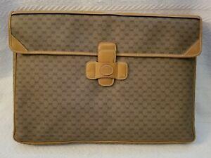 Gucci Supreme Large Pouch Portfolio