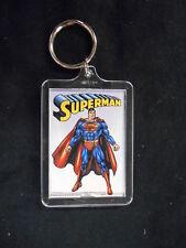 """DC Comics """"Superman"""" Plástico KEYRING LLAVERO posando (dc Comics)"""