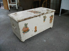 Vintage/Retro Pine Trunks and Chests