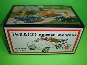 TEXACO 1948 BMC FIRE ENGINE PEDAL CAR DIECAST TOY CROWN PREMIUMS 48BMCFE02